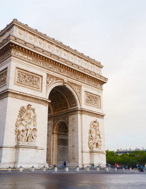 arc-de-triomphe-in-paris-france-PP3M23F